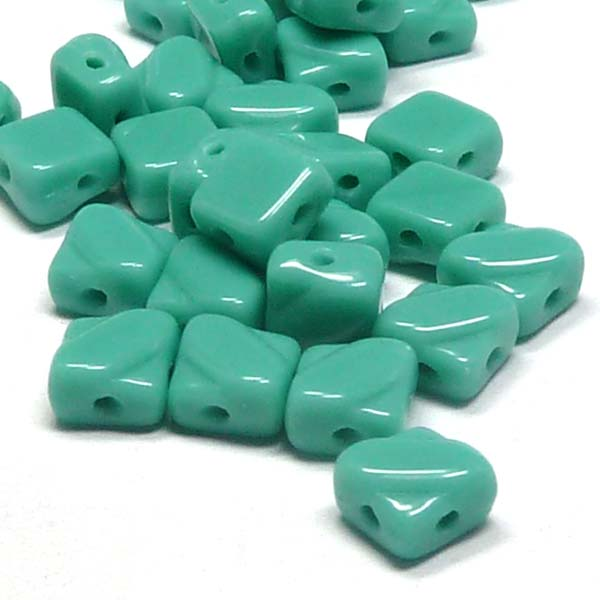 "Silky Bead Green Turquoise Jade ""63130"" 2-håls 6 mm 40 st"